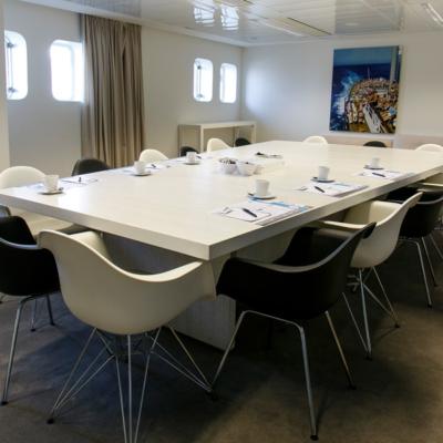 zaal-bijeenkomst-rotterdam-boardroom-miami